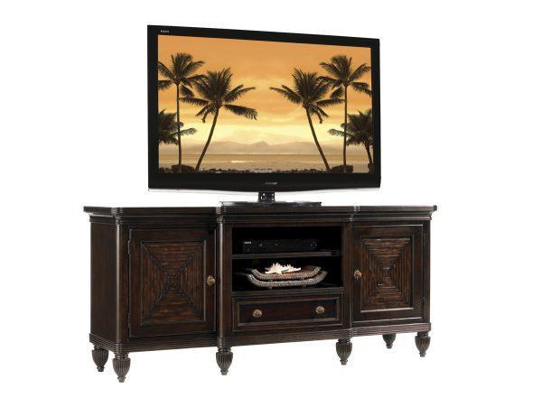 phf2016-537_907_maui-entertainment-console