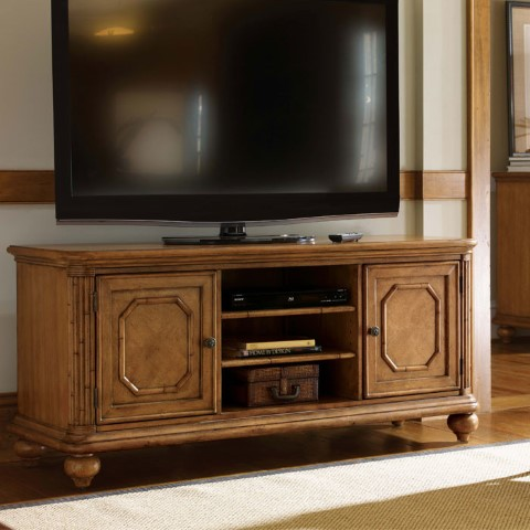 phf2016-beach-house-61-tv-stand-01-0540-907
