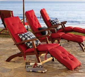 phf2016-chesapeake-steamer-chaise-and-cushion