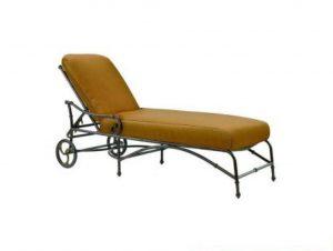 phf2016-elan-cushion-chaise-lounge
