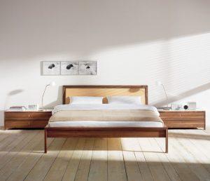 phf2016-elegant-walnut-bed-valore