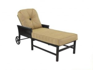 phf2016-english-garden-cushioned-chaise-lounge