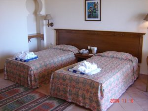 phf2016-hotel-furniture-two-single-beds
