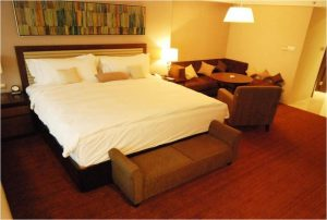 phf2016-hotel-room-uppersuit-phf-9999