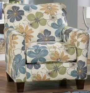 phf2016-kylee-lagoon-chair