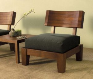 phf2016-solid-sheesham-wood-easy-chair