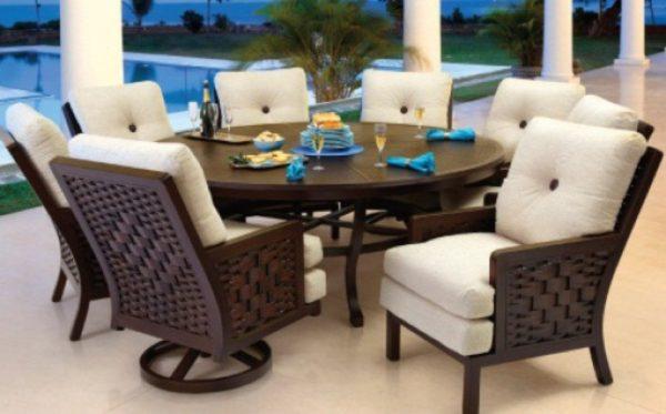 Spanish Bay Cushioned Rounded Dining Set