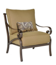 Veracruz Cushioned Lounge Chair