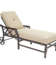 Villa Bianca Cushioned Chaise Lounge